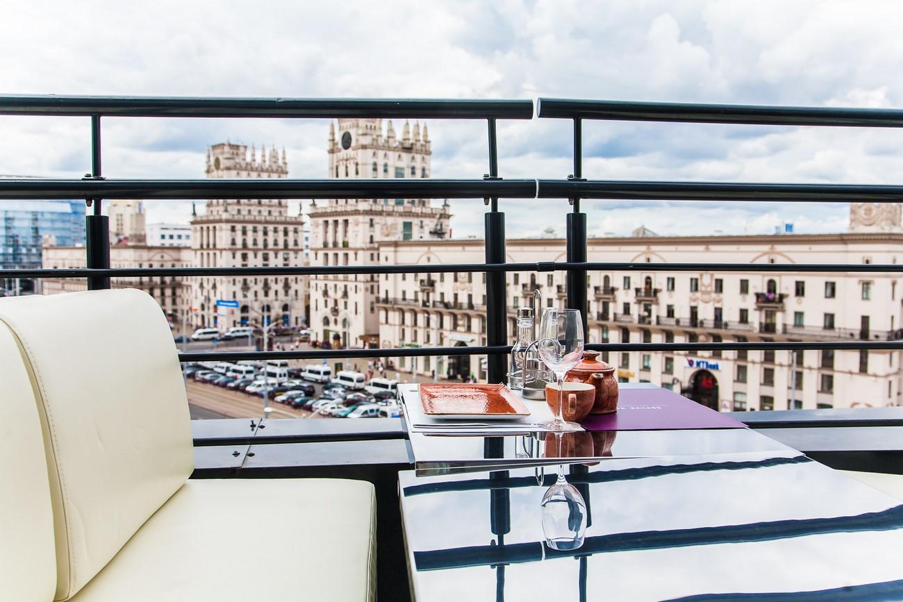 Фото интерьера ресторана балкон..